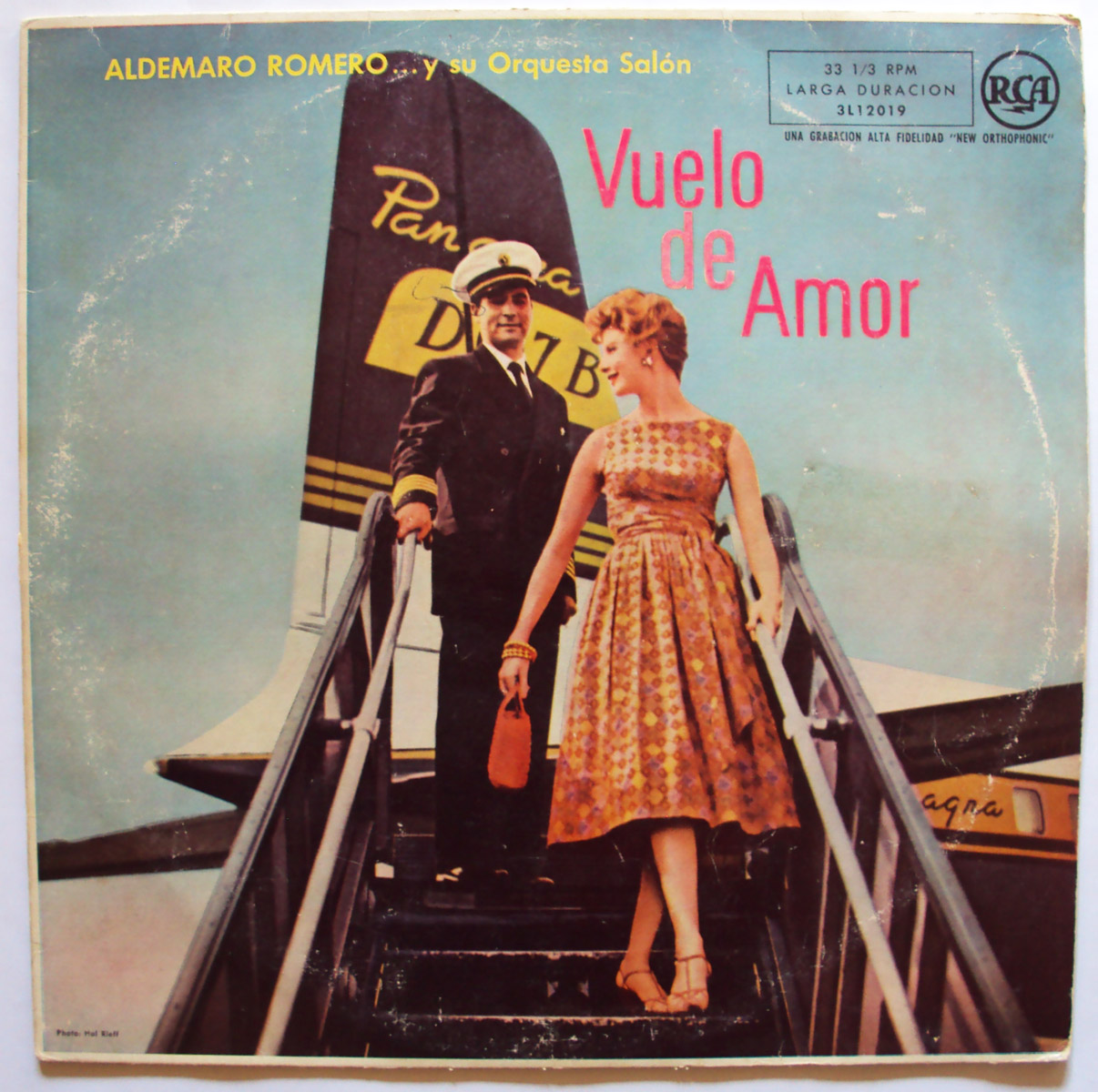 Aldemaro Romero y Su Orquesta Salon vuelo de amor (aka flight to romance)