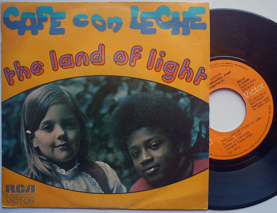 Cafe con Leche the land of light / fly away