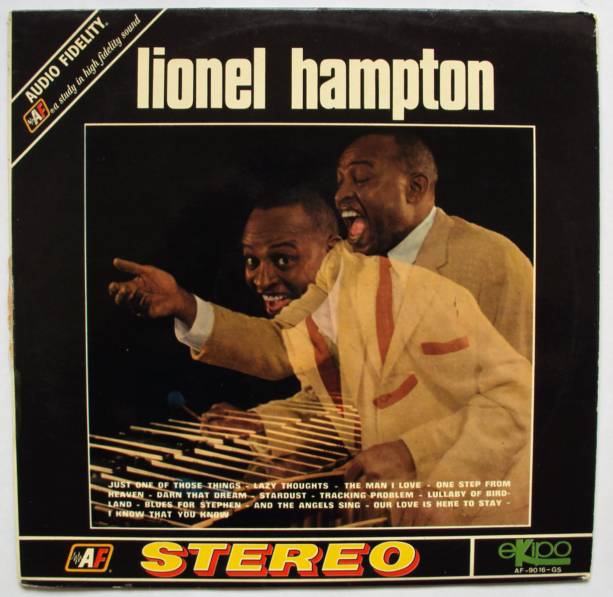 Lionel Hampton y su Orquesta lionel... plays drums, vibes, piano